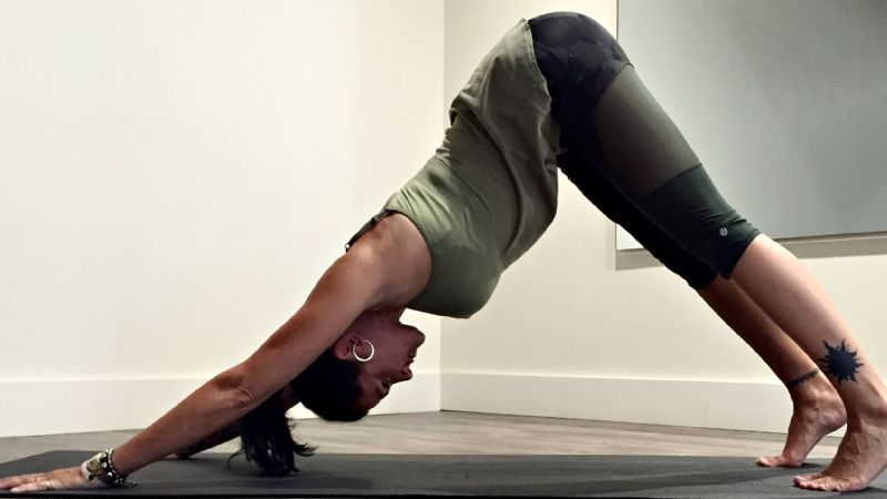 5个瑜伽动作来增强上肢de力量和灵活性